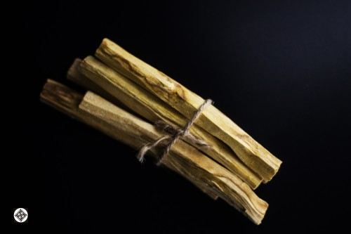 Palo Santo Wood Sticks  (30 g.)